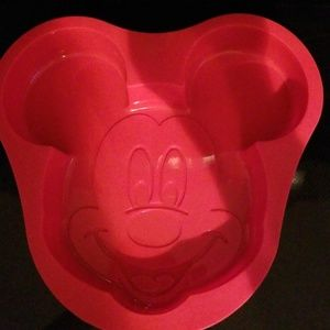 Mickey Mold
